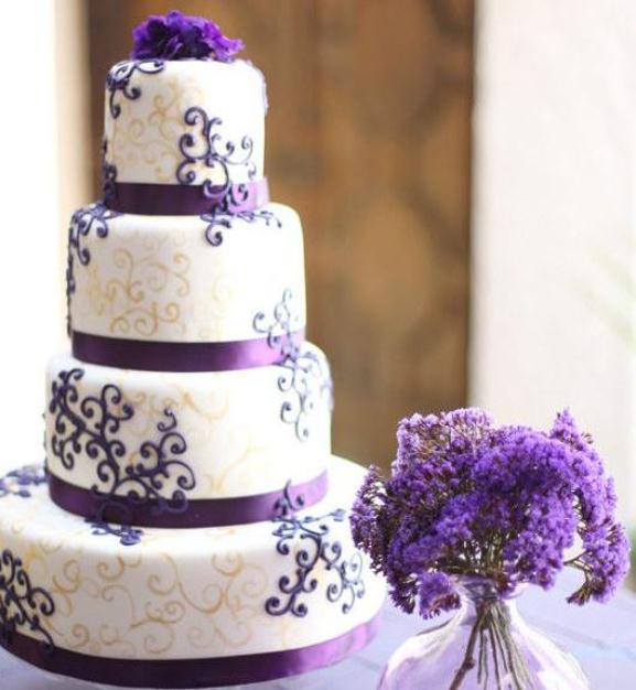Purple-wedding-theme-ideas_Purple-swirl-cake