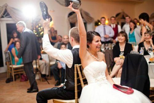 esküvői jáátékok a ceremóniamesterrel