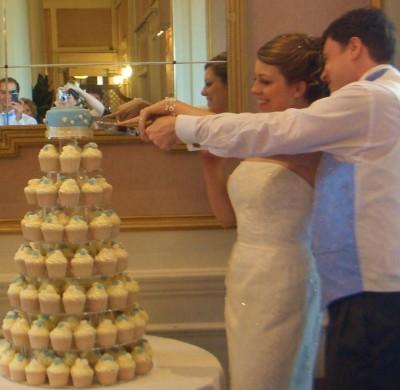 nem klasszikus esküvői torta